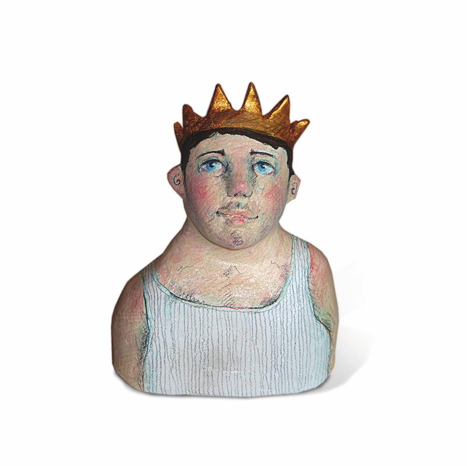Der König im Unterhemd, Skulptur aus Holzmasse von Nadja Lerch